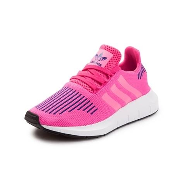 sports shoes 54603 576d7 Tween adidas Swift Run Athletic Shoe - Northpark