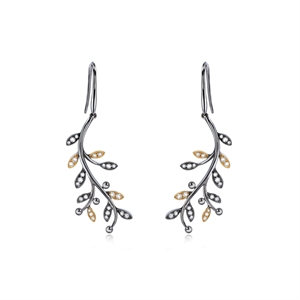 Dazzling Flower 18K Gold Diamond Earrings