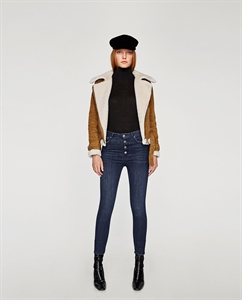 THE HIGH WAIST BUTTONS FLY JEANS IN OCEAN BLUE