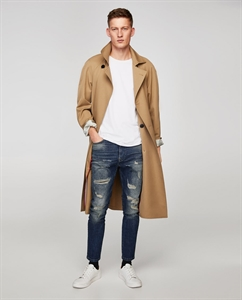 RIPPED VINTAGE FADE JEANS