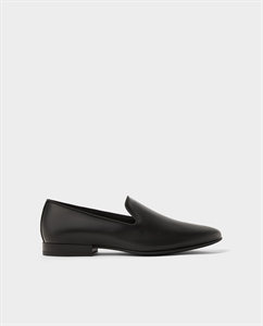 EMBOSSED BLACK LOAFERS