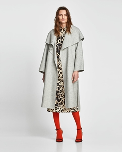 WOOL COAT WITH WRAPAROUND COLLAR