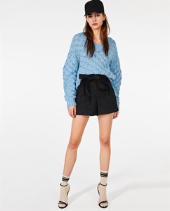 FAUX LEATHER BERMUDA SHORTS WITH TIED BELT