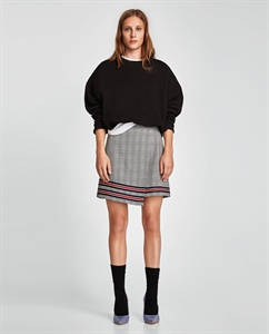 CHECKED MINI SKIRT WITH STRIPE