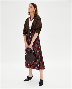 CONTRASTING PLEATED SKIRT