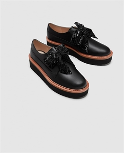 PLATFORM DERBY SHOES WITH BOW