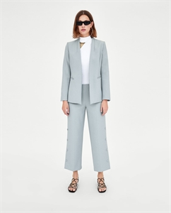 CULOTTES WITH LINED BUTTONS
