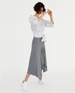 MIDI ASYMMETRIC SKIRT