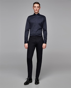 TEXTURED WEAVE SHIRT WITH FRENCH CUFFS