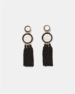 CIRCULAR EARRINGS WITH FRINGING
