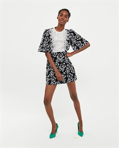 COMBINED BIB FRONT DRESS