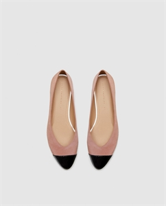 CONTRASTING BALLERINAS WITH TOE CAP DETAIL