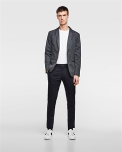 TEXTURED WEAVE BLAZER WITH ELBOW PATCHES