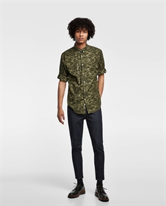 CAMOUFLAGE SHIRT WITH SLEEVE TABS