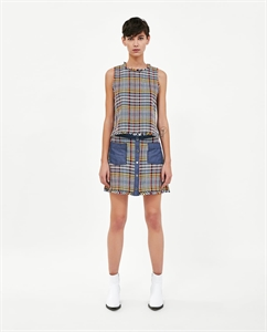 CONTRASTING TWEED MINI SKIRT