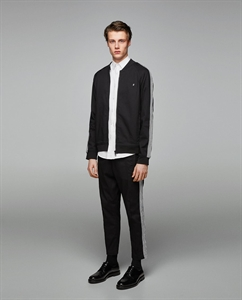 LIGHTWEIGHT JACKET WITH SIDE STRIPES