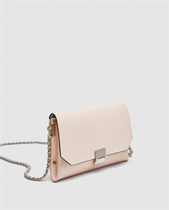 SOFT CROSSBODY BAG WITH CHAIN DETAIL