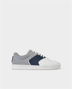 THREE-TONE PLIMSOLLS