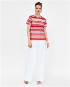 TEXTURED T-SHIRT WITH FRAYED TRIMS