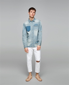 DENIM SHIRT WITH CONTRASTING POCKET