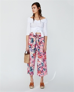 FLORAL PRINT TROUSERS WITH BELT