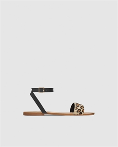 FLAT LEATHER SANDALS WITH LEOPARD PRINT STRAP