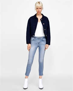 Z1975 JEANS WITH SIDE STRIPES