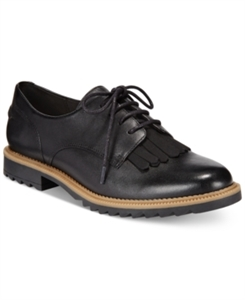 Clarks Somerset Women's Griffin Mabel Oxford Flats Women's Shoes