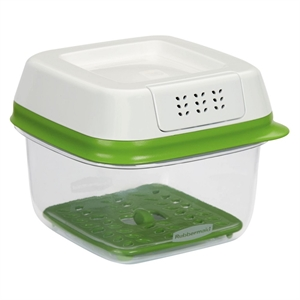 Rubbermaid FreshWorks Produce Saver - Small, Clear