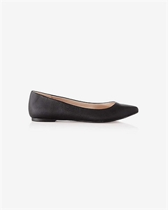 Textured Pointed Toe Flat