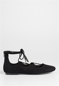 Pearl Lace Up Ballet Flat In Black