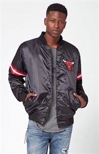 Starter Chicago Bulls Satin Black Bomber Jacket