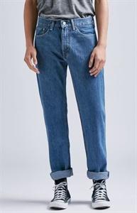 Levi's 505 Regular Fit Medium Stonewash Jeans