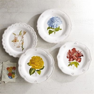 Antique Scroll Classic Floral Salad Plate Set of 4